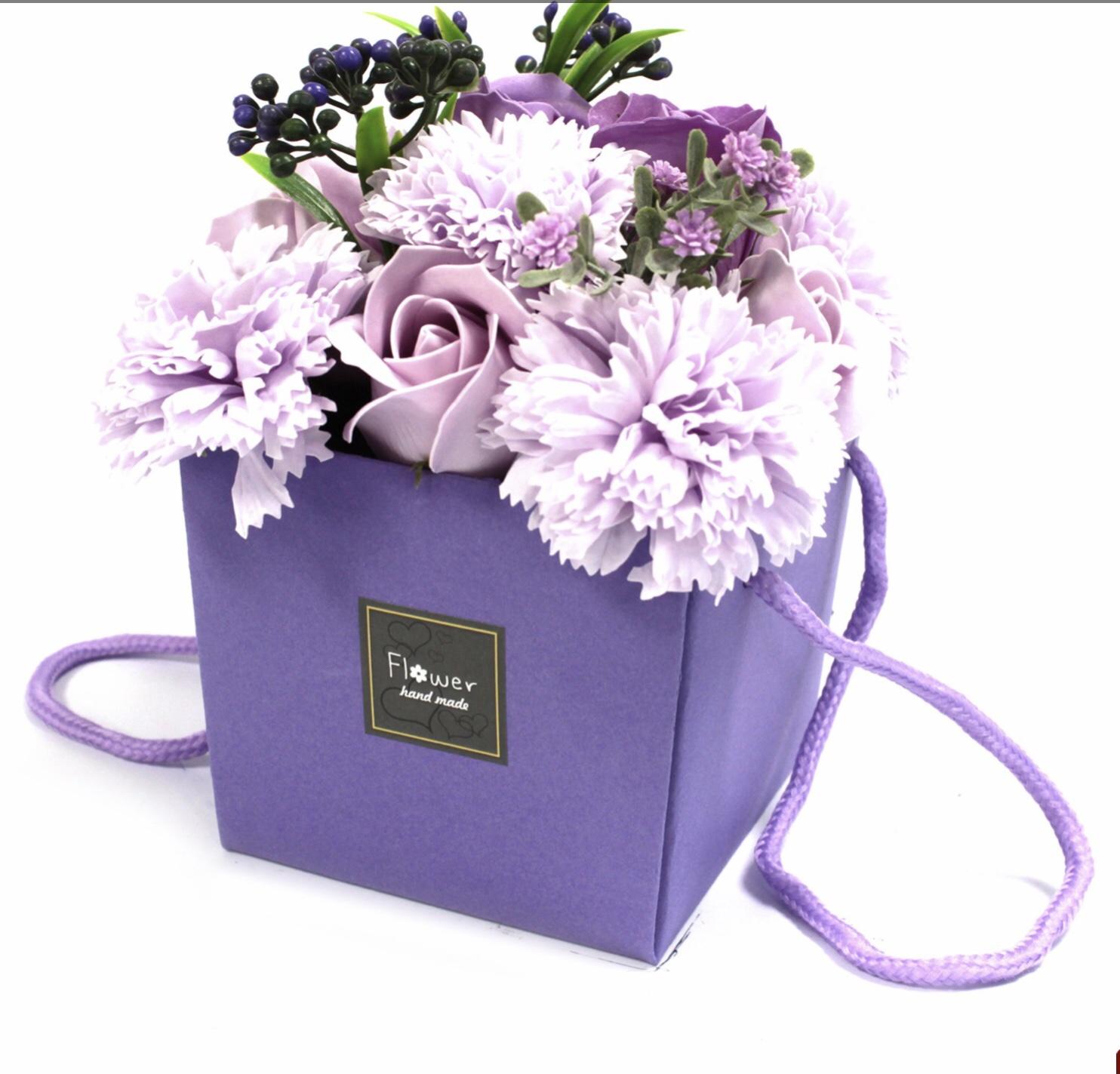 Vegan boxed soap flowers :